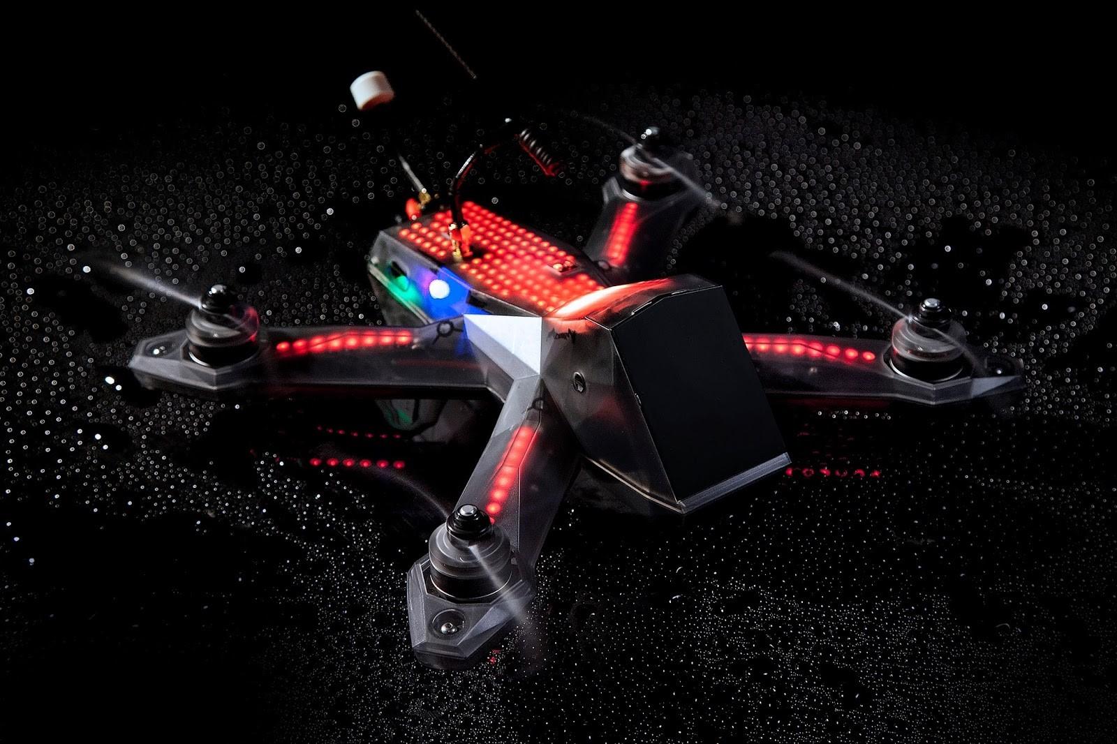 Attacco hacker ai droni a Torino